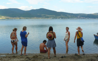 Postavme dětské hřiště v Banátu – IV. díl: Rovensko