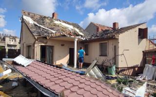 Pomoc mamince Martině Ševčíkové s 3 dětmi – tornádo jim zničilo dům