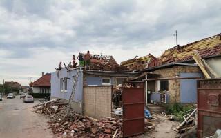 Pomozte rodině Kambových, které ničivé tornádo vzalo střechu nad hlavou