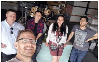 Nikita s kapelou podpoří Ellinku