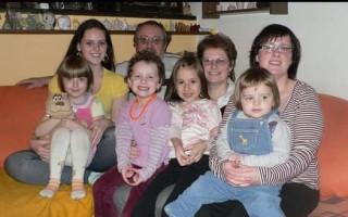 Invalidní pomůcky pro Leopolda - Dcery a vnoučata