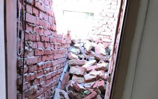 Pomozte Macinkovým opravit domy, které zasáhlo tornádo