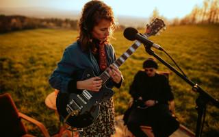 Marjari a její první studiové nahrávání