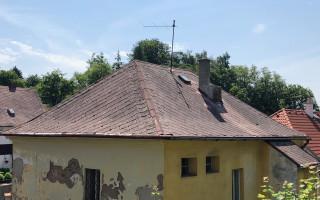 Střecha pro kočičí depozitum Fousek