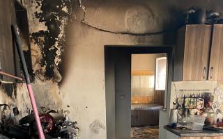 Pomoc mladému páru z Cvrčovic u Kladna po požáru domu