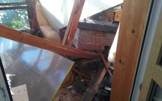 Pomoc Zemkovým, které zasáhlo ničivé tornádo a zničilo jim dům