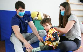 3 cesty k pomoci pro Sofinku, Maxíka a Tomíka - Tomík na neurorehabilitacích