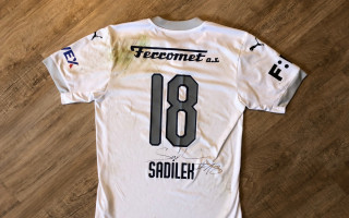 Podpořte NF dětské onkologie KRTEK s Lukášem Sadílkem a vyhrajte podepsaný dres