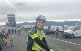 Nový tricykl pro Kevina s diagnózou DMO
