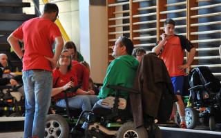 Přispějme Petře na sportovní elektrický vozík
