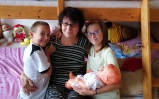 Přispějme Libuši a jejím vnoučatům na bydlení