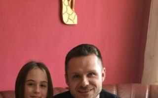 Pomoc po tornádu pro Novákovy