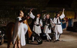 Podpořte nezávislý divadelní soubor Tygr v tísni #kulturažije