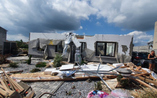 Pomoc pro Pavla Netopilíka, Veroniku Mrlákovou a jejich dvě děti, které zasáhlo tornádo