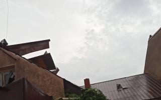 Pomoc pro Filípkovy, kterým dům poničilo tornádo v Lužicích
