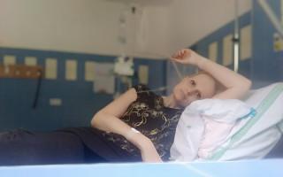 Jana, maminka samoživitelka, bojující se zákeřnou nemocí prosí o pomoc