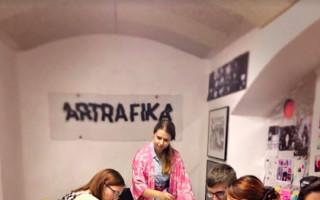 Podpořte Galerijní obývák Artrafiku #kulturažije
