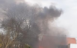 Živobytí pana Binha ohrozil požár, občané Nebovid chtějí rodině pomoci
