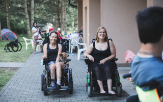 Soustředění ve florbale pro sportovce na elektrických vozících