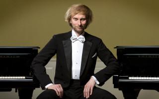 Koncert klavíristy Iva Kahánka pro Nadaci život umělce 90 #kulturažije