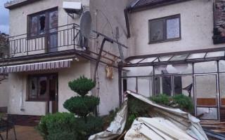 Pomozte opravit dům po ničivém tornádu manželům Peterkovým z Moravské Nové Vsi