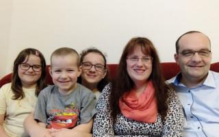 Invalidní pomůcky pro Leopolda - Dcera Katka s rodinou