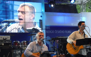 Podpořme společně projekt Můžeme hrát spolu! – koncert Boro Preliće a Ioannise Kapnistise