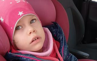 Vozíček za kolo pro Marušku, aby mohla s rodinou na výlety