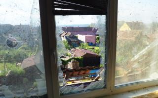 Tornádo poničilo dům rodině Koláčkové a dům babičky Blažejové poslalo k demolici