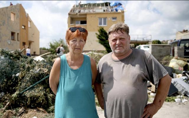 Pomohli jste prarodičům Kovaříkovým, jejichž dům byl zničen tornádem