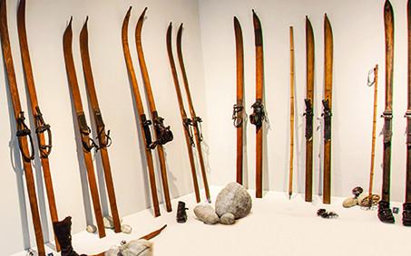 Repliky lyží - kopie lyží Bohumila Hanče (včetně poštovného)