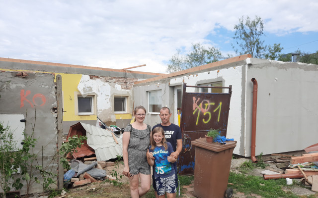 Pomohli jste Marianu Pavúčkovi, který má po tornádu dům učený k demolici