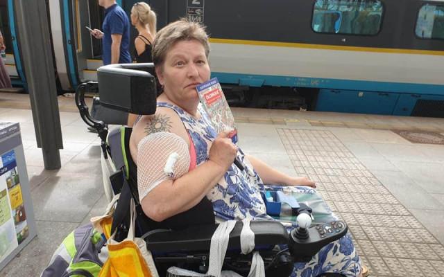 Přispějme Petře na opravu vozíku