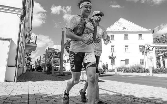 """Společný běh, kde ti předám deník """"600 km poslepu"""" a budu vyprávět zážitky zpřeběhu"""