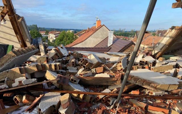 Pomohli jste Petrovi, kterému tornádo zničilo vinařství a dům
