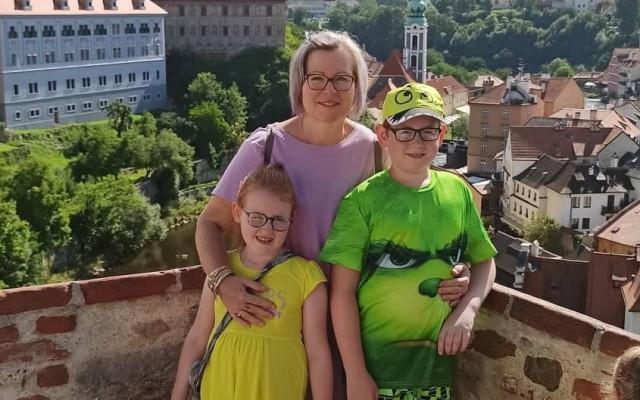 Pro Marušku a 3 děti, aby zvládli život bez táty