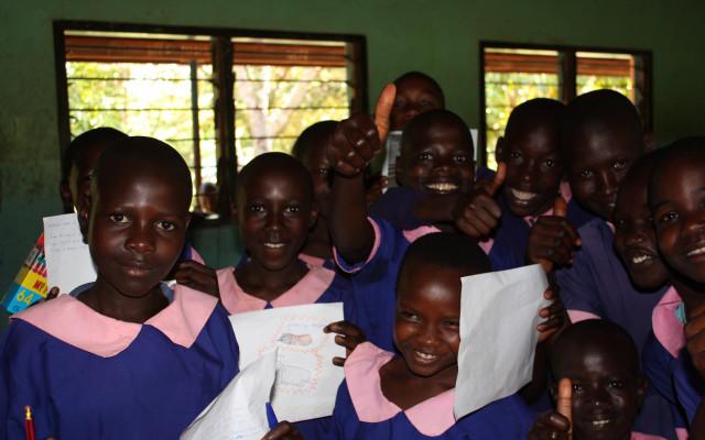 Pohlednice od dětí z Keni