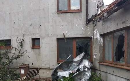 Pomohli jste Koutným, kterým tornádo zničilo dům