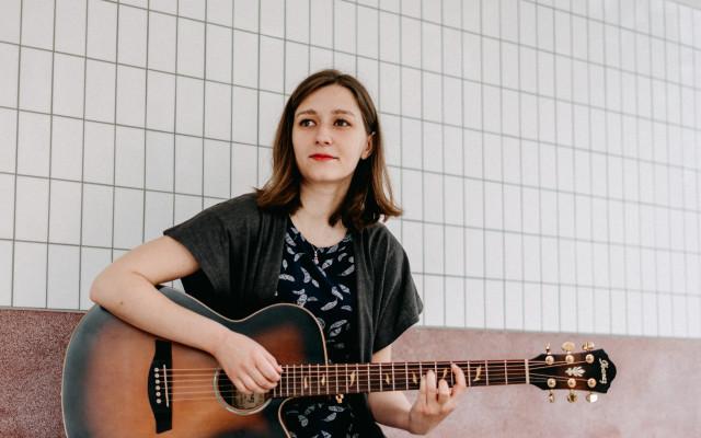 Nové album písničkářky Petry Göbelové