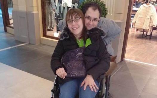 Nový elektrický invalidní vozík pro Karolínu