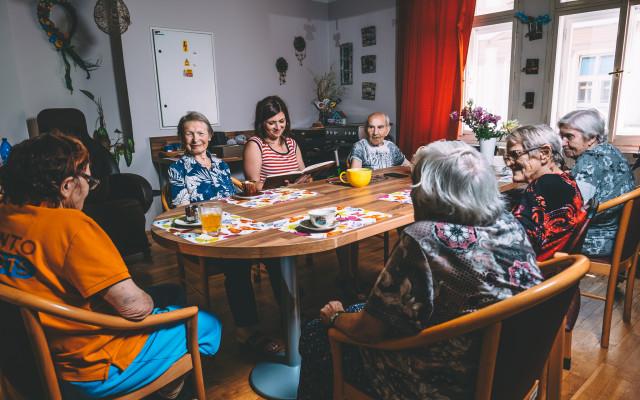 Přispějte na testy pro domovy seniorů