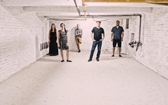 Debutové CD Kořeny - Kapela Vína