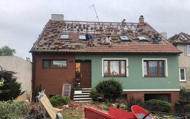 Složili jste se na pomoc pro Anetu a její rodinu, kterým tornádo zničilo 5 domů