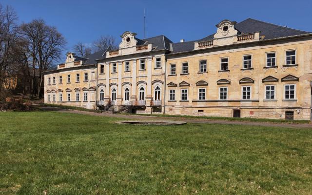 Záchrana zámku Hluboše - prvního letního sídla TGM