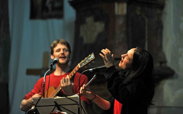 Káznice LIVE - Martina Trchová & Adam Kubát