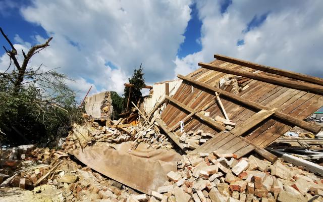 Složili jste se na pomoc Miroslavovi, kterému tornádo srovnalo dům se zemí