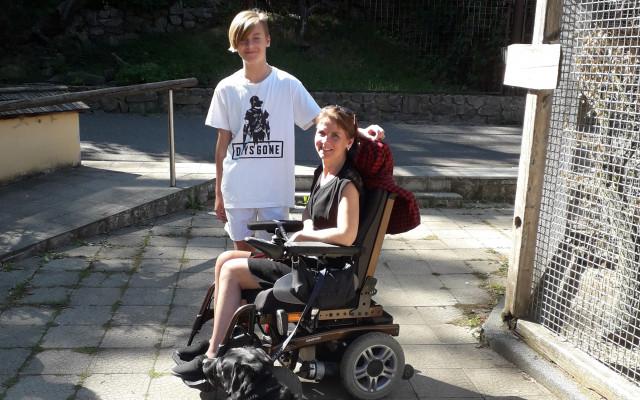 Za pomoc Veronice s roztroušenou sklerózou knihy od Vlastiny Svátkové