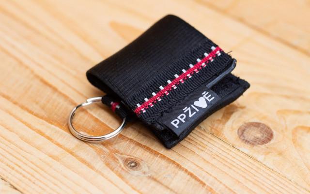 EKO Klíčenka z bezpečnostních pásů s rukavicemi (včetně poštovného) a aplikace Ve vteřině