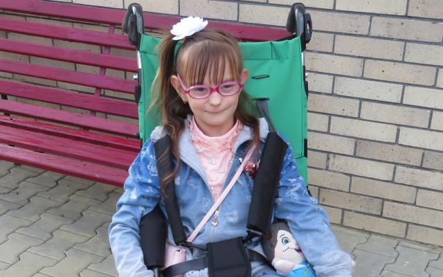 Přispějme Adriance na vozík