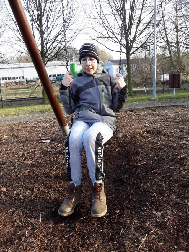 Pomoc pro Adámka, který porazil nádor na mozku